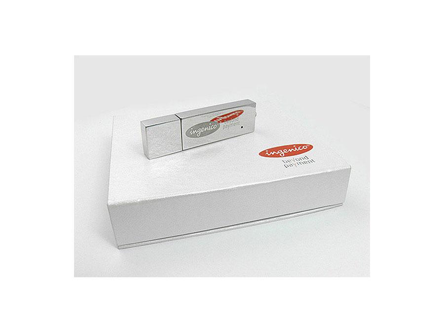 Massiver Metall USB-Stick mit Geschenkbox 2farbig bedruckt