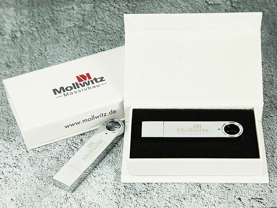 Vollmetall USB-Stick mit Gravur in Geschenkbox