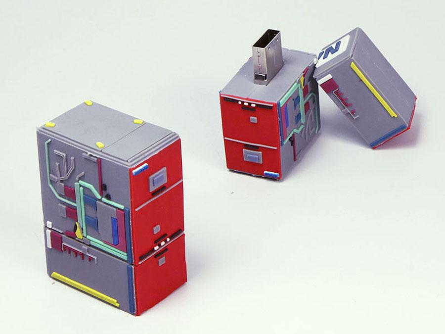 Automat Maschine mit Schaltungen und Schaltkreise und Logo als individueller USB-Stick