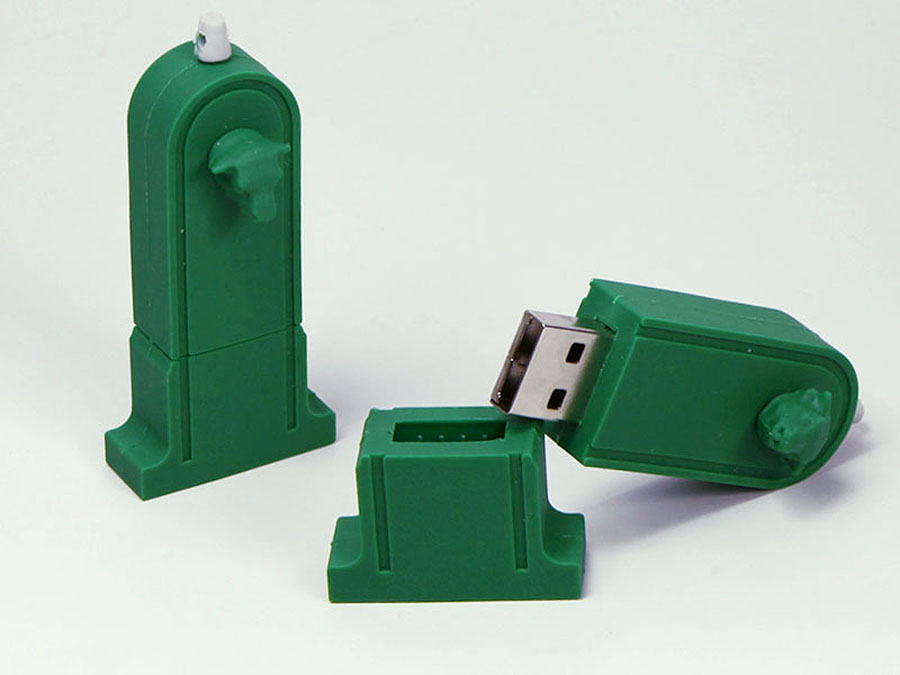 Brunnen Wasser Quelle USB-Stick in historischer Form