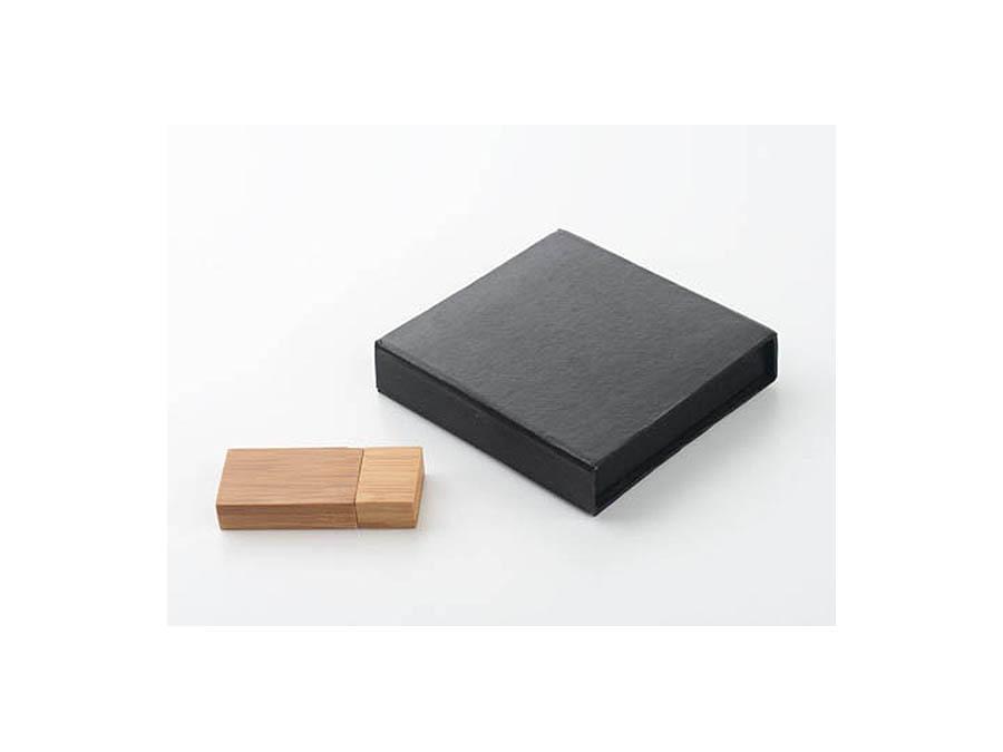 Holz USB Stick mit Logodruck als Werbegeschenk