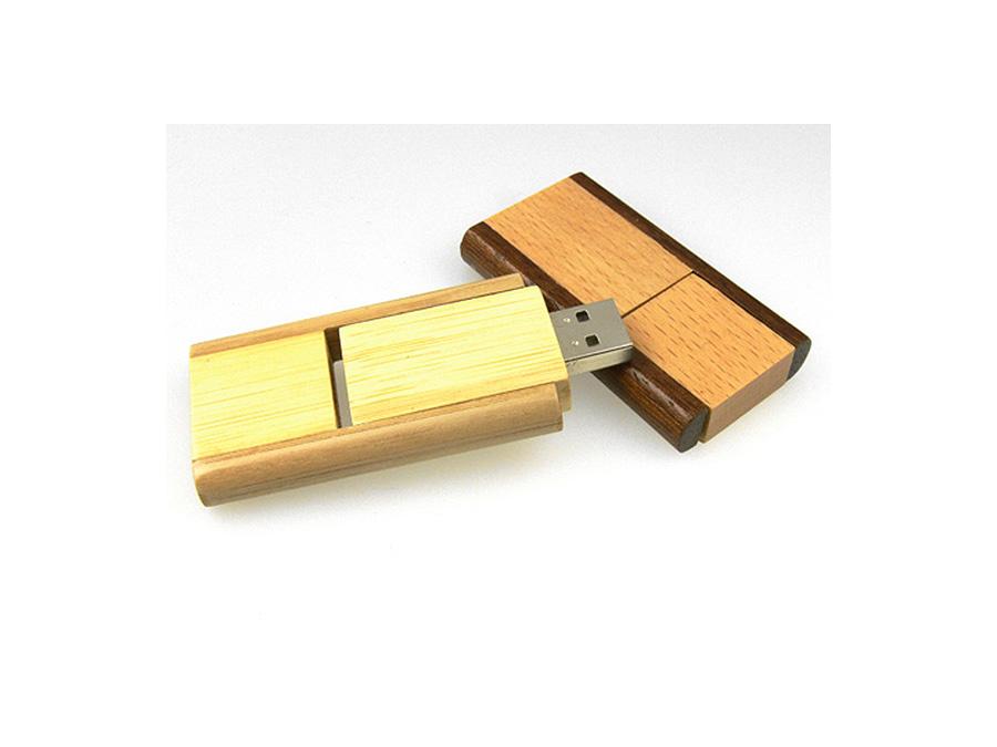 Holz USB Stick mit Gravur nachhaltig