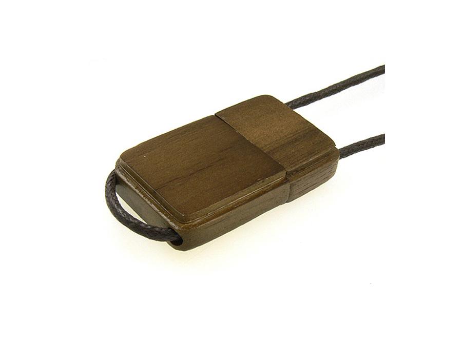 USB Stick aus Holz mit Holzprägung Logo als Werbegeschenk