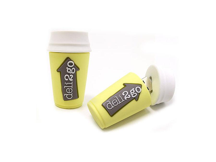 Custom USB-Stick als Kaffeebecher