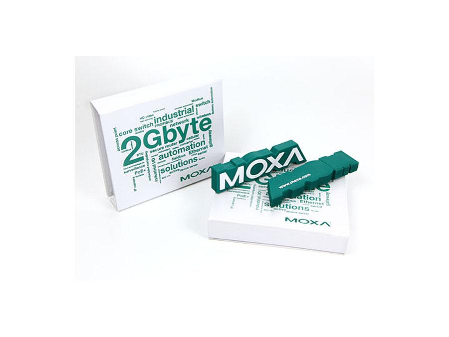 USB-Stick in der Form des Moxa Logos
