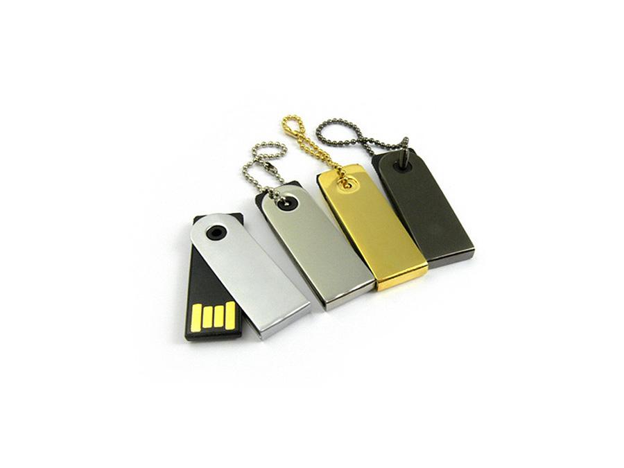Kleiner Mini Nano Piccolo USB-Stick
