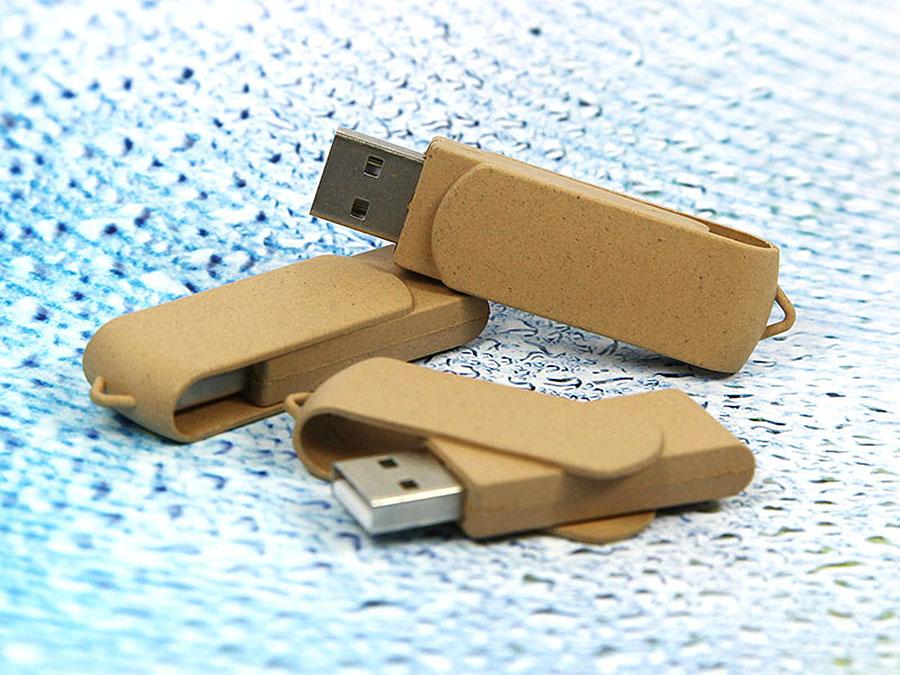 Ölologische USB-Sticks aus PLA mit Logo