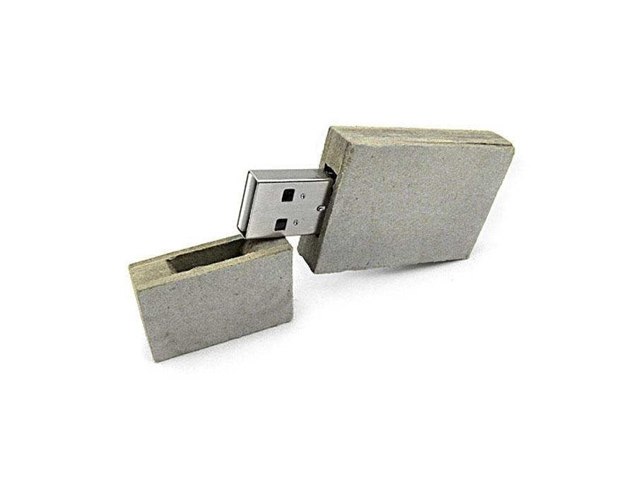 Karton USB-Stick aus Zellstoff mit Logodruck