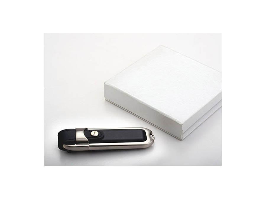 Schwarzer Leder USB-Stick mit weißer Geschenkverpackung