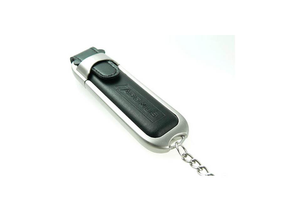 Schwarzer Leder Werbegeschenk USB-Stick mit Lederprägung des Logos