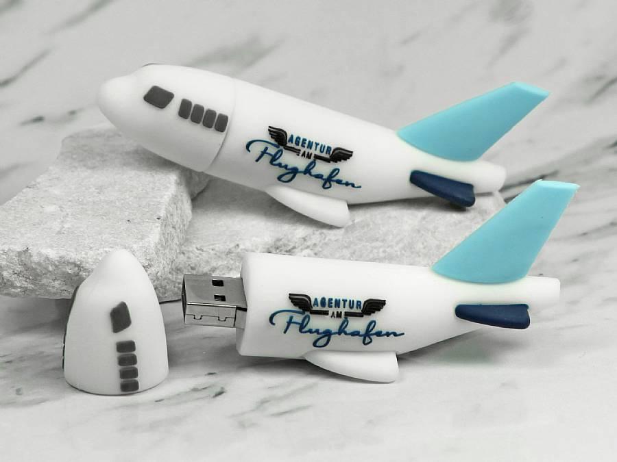 usb stick flugzeug transport reisen urlaub werbung