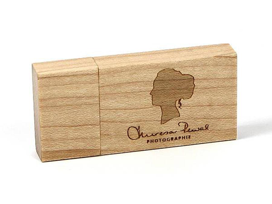 USB Stick aus Holz mit Logo ökologisch mit Logo