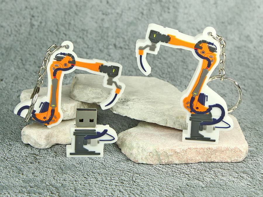 usb stick maschine roborter fabrik arbeit individuell