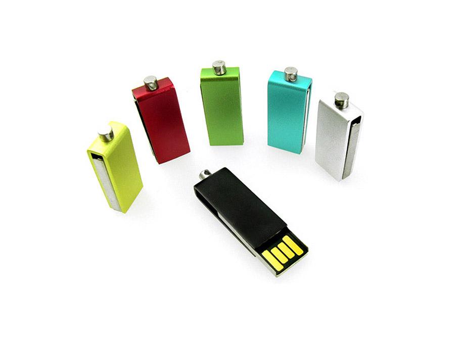 USB-Stick zum Drehen mit kleinen Maßen aus Metall