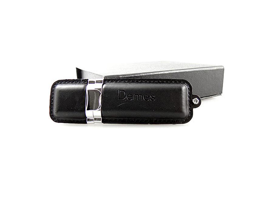 USB Stick aus Leder mit Prägung als Werbegeschenk