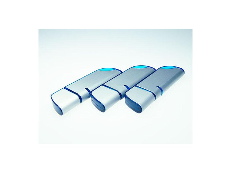 USB-Sticks aus Metall und Kunststoff in blau mit Logo bedruckt