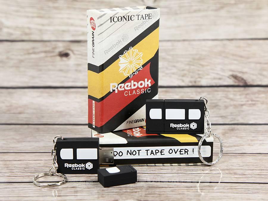 usb videotape mit geschenkbox reebok classic