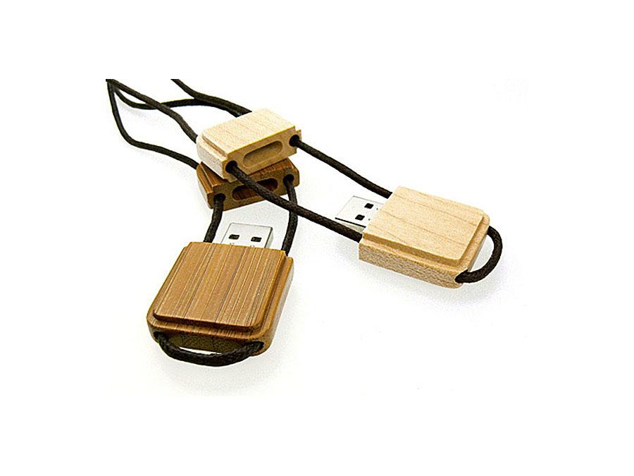 Werbeartikel Holz USB Stick mit individuellem Logo für den Wiederverkäufer