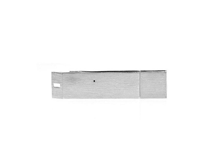Werbegeschenk Flaschenöffner mit USB-Stick und Logo als Gravur