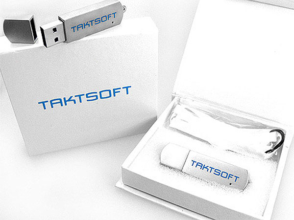 Exclusiver Metall USB-Stick in matt glänzend mit Geschenkbox