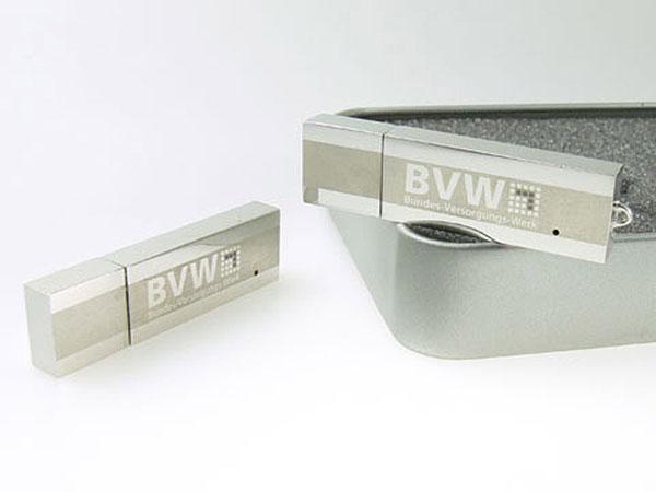 Massiver Metall USB-Stick mit Geschenkverpackung mit Gravur