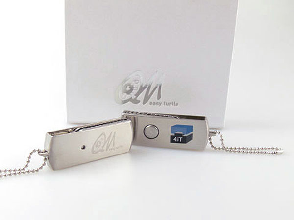 Dehbarer USB-Stick aus MEtall mit Aufdruck, Grevur und Geschenkverpackung