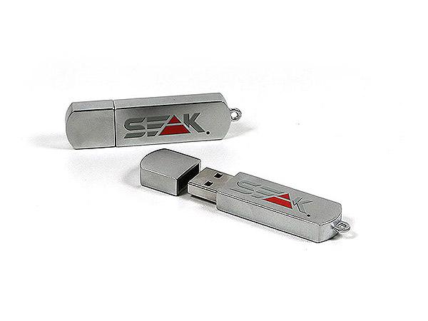 Metall USB-Stick mit farbigem Logo Aufdruck