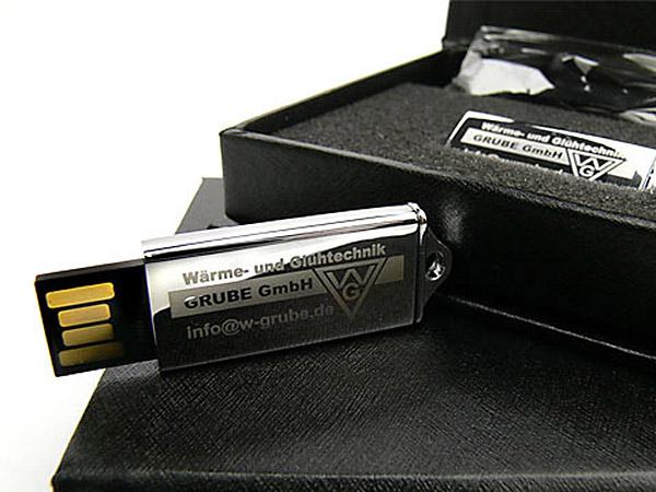 Grube Mini USB-Stick aus Metall Mit Gravur des Logos