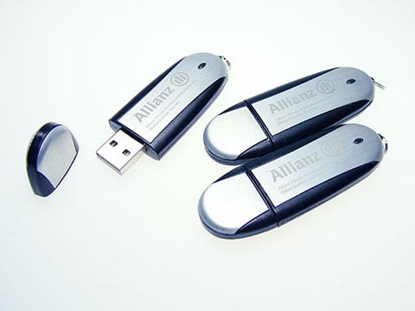 Allianz USB-Stick mit graviertem Logo auf dem Metall