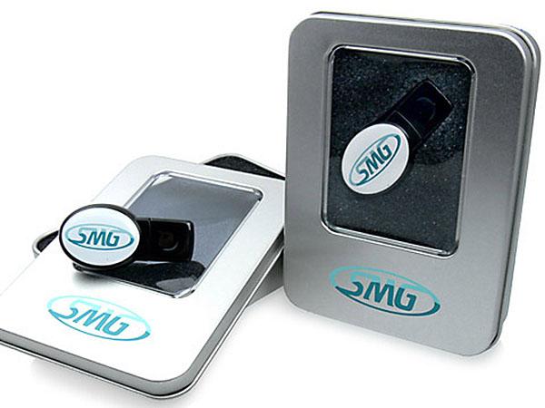 Doming USB-Stick oval mit 3D Effekt in Geschenkverpackung Metalldose