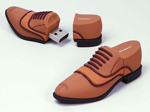 Edle Herrenenschuhe Lederschuhe als USB-Stick