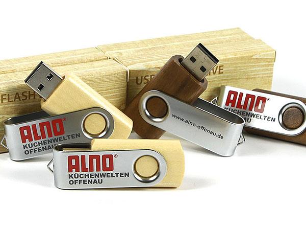 Alno Küchenwelt USB-Stick zum drehen aus Holz