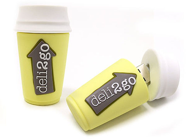 Custom USB-Stick als Kaffeebecher