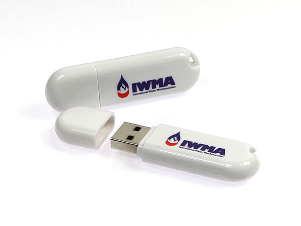 IWMA Werbeartikel USB-Stick mit zweifarbigen Logo bedruckt