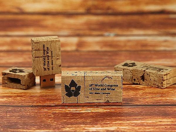 Kork USB-Stick mit Logo als Merchandising