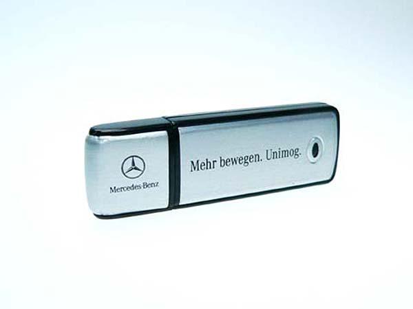 Mercedes Benz USB-Stick aus Metall und einfarbigen Druck