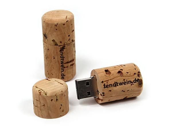 Naturprodukt Kork als USB-Stick in Weinflaschenkorkenform