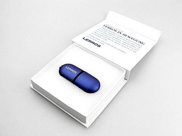 USB-Stick in Geschenkverpackung mit Logodruck