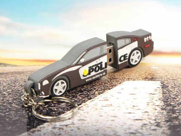 Polizeiauto als USB-Stick