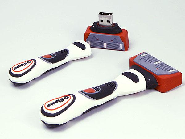 Rasierer und Nassrasierer in individueller Form als USB-Stick