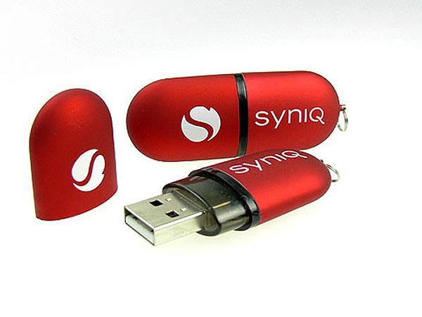 syniq kunststoff usb stick werbewirksam mattierte oberflaeche