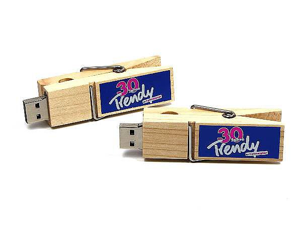 USB Wäscheklammer mit Branding als Giveaway