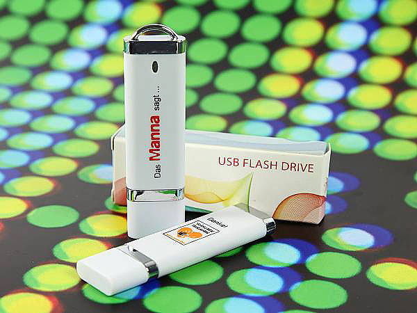 USB-Stick aus Kunststoff mit Logodruck