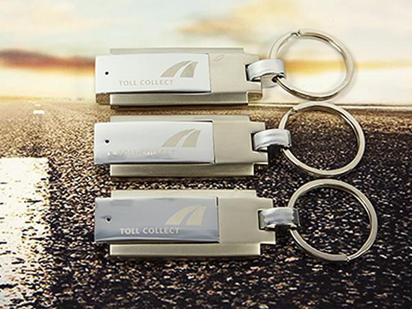 Vollmetall USB-Stick mit Schlüsselring und Gravur Toll Collect