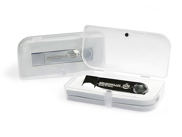 Designer USB-Stick in PP Kunststoff Verpackung mit Inlay