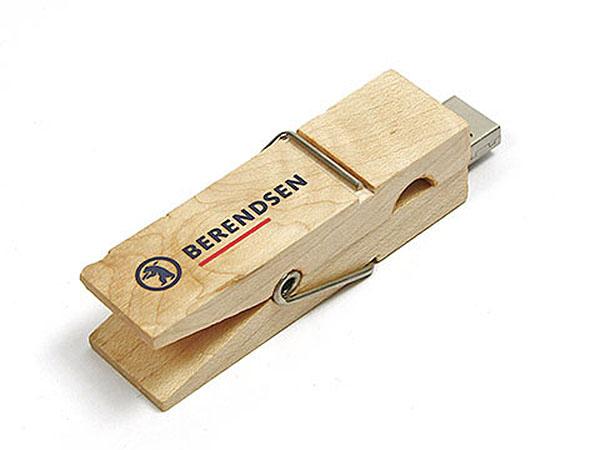 USB-Stick als Wäscheklammer Berendsen