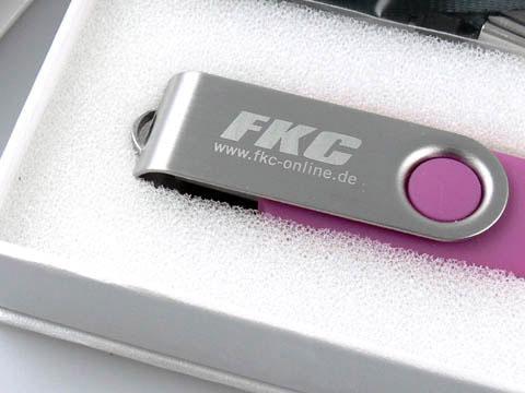 USB Stick mit fortlaufender Nummerngravur