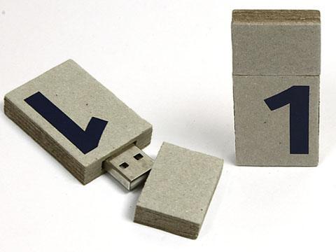 Recyclingpapier  USB Stick mit Logodruck