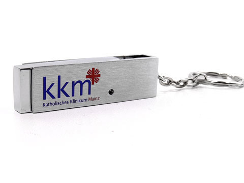 Einfarbig bedruckte Geschenkbox für USB-Stick aus Vollmetall mit Gravur des Logos