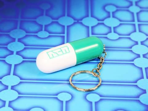 usb capsule bunt mit logo
